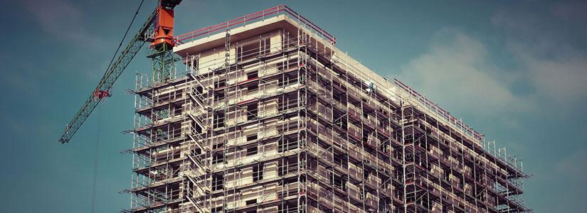 Praca na rusztowaniach i ruchomych podestach roboczych a przepisy BHP